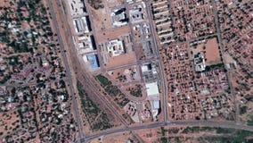 Jord zoomar i zoom ut Gaborone Botswana arkivfilmer