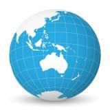 Jorda en kontakt jordklotet med den vita världskartan och slösa hav och hav som fokuseras på Australien Med tunna vita meridianer Arkivfoton