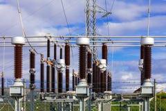 Jorda en kontakt strömbrytare i samlareavdelningskontoret av en vindlantgård Fotografering för Bildbyråer