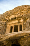 jordan little petra-tombs Royaltyfria Foton
