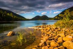 Jordan Pond e vista delle bolle nel parco nazionale di acadia, MAI Fotografia Stock Libera da Diritti