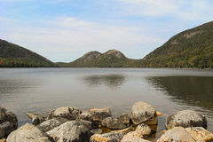 Jordan Pond en parc national d'Acadia dans Maine, Etats-Unis Photographie stock
