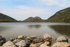 Jordan Pond i Acadianationalpark i Maine, Förenta staterna Arkivbild