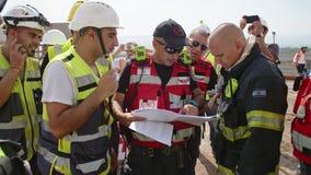 Jordan Valley, Israel 10. Juli 2018 - Rescure-Kräfte während eines Rettungseinsatzes stock video