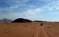 Jordanië, Wadi Rum-woestijn - een unieke hoek van de planeet stock afbeeldingen