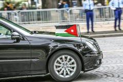 Jordanian Diplomatieke auto tijdens Militaire parade ( Defile) in Republiek Dag ( Bastille Day) Champs Ely royalty-vrije stock foto