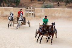 Jordanian mensen kleden zich als Roman militair Stock Fotografie
