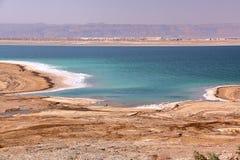 JORDANIEN: Ansicht über das Tote Meer mit Bergen von Israel im Hintergrund lizenzfreies stockfoto