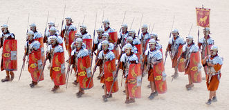 Jordanische Mannkleider als römischer Soldat Lizenzfreies Stockfoto