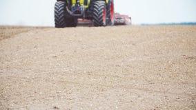 Jordbruk - gmo frigör Bondesåddfält arkivfilmer