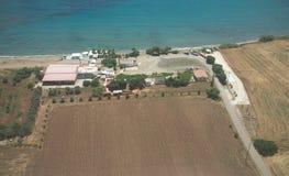 Jordbruk på sydkusten nära Paphos arkivfoto