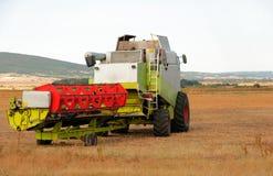 Jordbruks- maskineri, arbete i fältet. Arkivbild