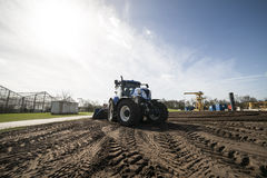 jordbruks- maskineri som planterar seederfjädern Arkivbilder