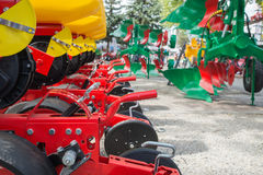 jordbruks- maskineri som planterar seederfjädern royaltyfria bilder