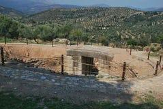 Jordfästninggrav i Mycenae royaltyfria bilder