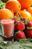Jordgubbefruktbär - apelsin Royaltyfri Foto