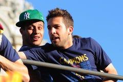 Jordi Alba (derecho) y Thiago Alcantara (dejado), jugadores del equipo de fútbol de F.C Barcelona fotografía de archivo