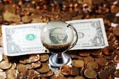 Jordklot för dollarräkning Royaltyfri Bild