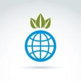 Jordklot med kronan av sidor som växer symbolen, ekologisk miljö Royaltyfri Foto
