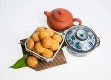 Jordnötkakor eller kinesiska traditionella jordnötkakor på en backgr Arkivfoto