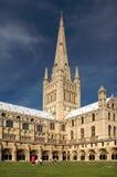 Jordningen av den Norwich domkyrkan royaltyfria foton