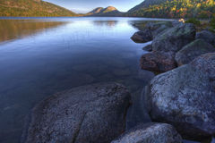 Jordon Pond im Acadia-Nationalpark, Maine Stockbilder