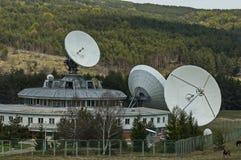 Jordsatellit- station eller geodesiobservatorium Plana, Plana berg Royaltyfri Foto