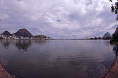 Jordsikt av Lago de Rodrigo Freitas Lagoon Royaltyfria Bilder