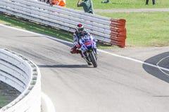 Jorge Lorenzo de competir con del equipo de la fábrica de Yamaha Imagenes de archivo