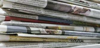 Jornais - imagem conservada em estoque fotos de stock royalty free