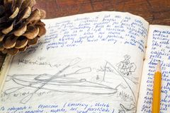 Jornal da expedição do caiaque foto de stock royalty free