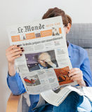 Jornal de Le Monde sobre o presidente do russo de Vladimir Putin Fotografia de Stock