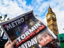Jornal que mostra Jeremy Corbyn em Londres, hdr fotografia de stock