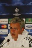 Jose Mourinho av Chelsea - presskonferens arkivbild