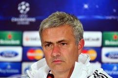 Jose Mourinho durante rueda de prensa de la liga de la UEFA Cheampions Imágenes de archivo libres de regalías