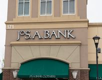 Joseph ? Οι υφασματέμποροι τράπεζας, INC είναι λιανοπωλητής του ιματισμού των ατόμων στοκ φωτογραφίες