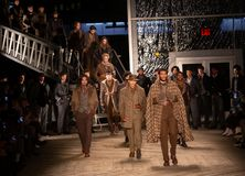 Joseph Abboud Mens Fall modeshow 2019 som delen av New York Fashion Week royaltyfri fotografi