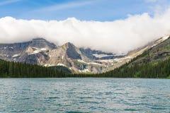 Josephine Lake glaciärnationalpark arkivbilder