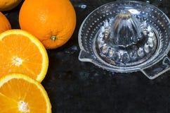 Jospressen med apelsiner Royaltyfria Foton