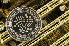 Jota is een moderne manier van uitwisseling en deze crypto munt royalty-vrije stock foto's