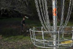 Jouer au golf 2 de disque Images libres de droits
