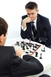 Jouer aux échecs Images libres de droits