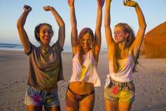 Jouer avec la poudre colorée Photos libres de droits