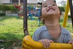 Jouer de fille d'enfant Photographie stock libre de droits