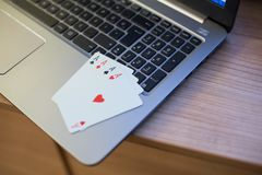 Jouer le carnet 3 de cartes Photo libre de droits