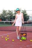 Jouer le tennis Photos stock