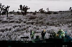 Jouer U2 vivant Photographie stock libre de droits