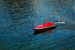 Jouet à distance de bateau Photos stock