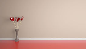 Jouet de forme de coeur avec le vase dans la chambre Photos stock
