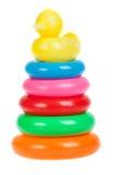 Jouet de pyramide des anneaux colorés Images libres de droits